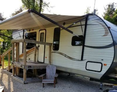 By Owner! 2016 29ft. Coachmen Catalina 293RKS