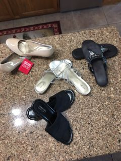 Size 9.5/10 women s sandals. 1 new with tags others in great condition. $10 for all