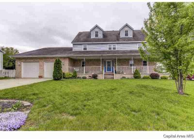 406 Charter Oak Dr SHERMAN Five BR, If you're looking for space