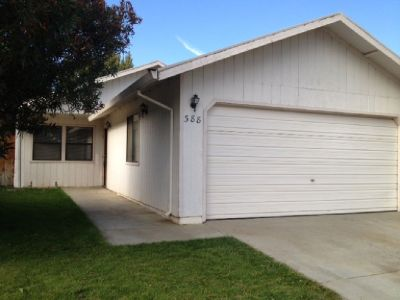 Home for rent (388 W. Woodland Ave.) Available 9/1