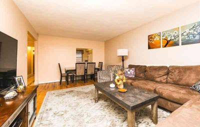 302 96 Street #4M Brooklyn, This terrific large One BR