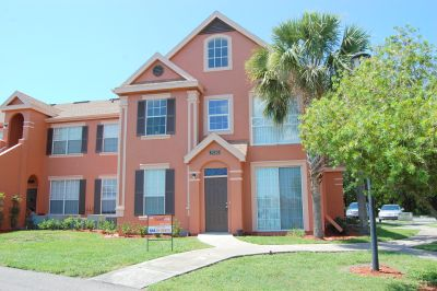 Two Bedroom Condo in Tampa's Lake Chase Island
