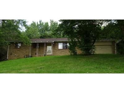 4 Bed 2 Bath Foreclosure Property in Dayton, OH 45406 - Elsmere Ave