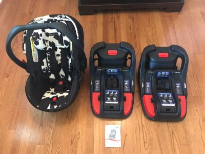 Britax infant car seat and extra base