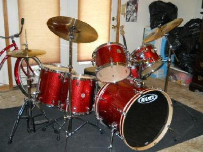 $1,500 OBO Mapex Meridian Maple 6 Pc Drum Set + Extras