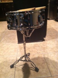 PEARL SNARE DRUM WITH STAND AND BAG