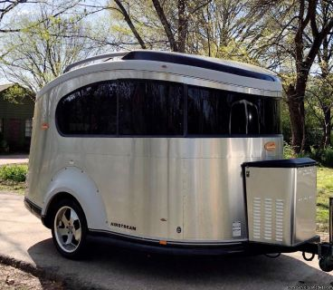 Reduced 2007 Airstream Basecamp Toy Hauler Trailer