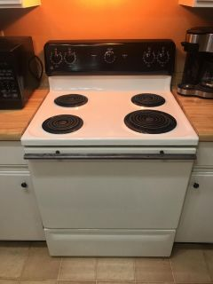 GE Coil Top Stove (Electric)