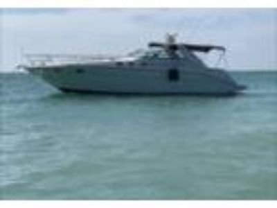 1996 Sea Ray Sundancer-370 Power Boat in Tampa, FL
