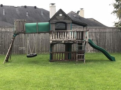 Large wooden play structure!!