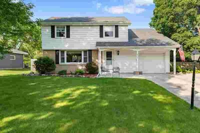 8725 Indahl Avenue S COTTAGE GROVE Four BR, WOW!