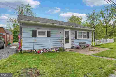 3316 Morgantown Rd MOHNTON, Why pay rent?! This is an