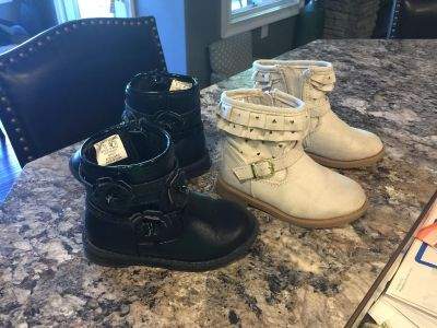 Toddler girl boots - size 7