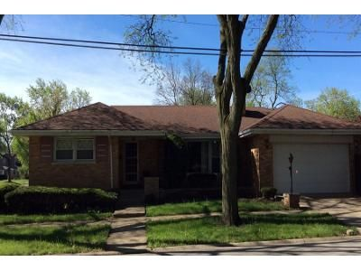 2 Bath Preforeclosure Property in Westchester, IL 60154 - Mandel Ave