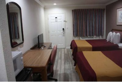 Book Top Hotels in Redding CA at Discount Price
