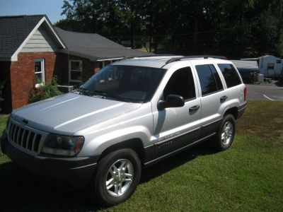 2004 Jeep Grand Cherokee Special Edition (GRY)