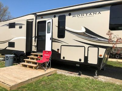 By Owner! 2016 36 ft. Keystone Montana High Country w/3 slides