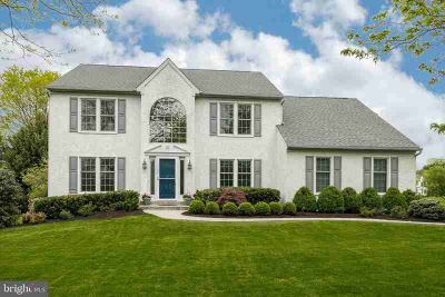 806 Graystone Ln DOWNINGTOWN Four BR, Welcome Home to 806