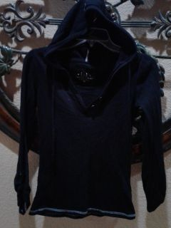 Lei super cute light weight shirt with a hoodie it's absolutely ADORABLE size M $6