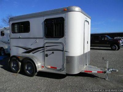 2013 Adam 743 2 horse trailer bp