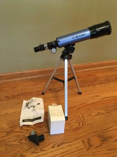 Telescope with Table-Top Tripod