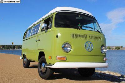 1971 Volkswagen Campmobile Westfalia Bus