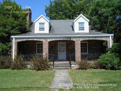 Single-family home Rental - 1014 Tates Creek Rd