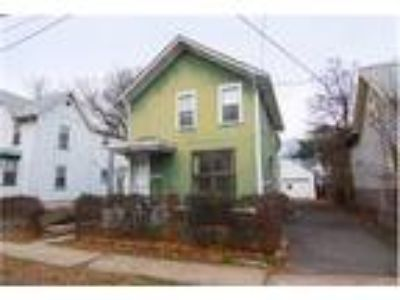 Four BR   Two BA   Single Colonial