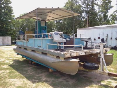 20 pontoon boat