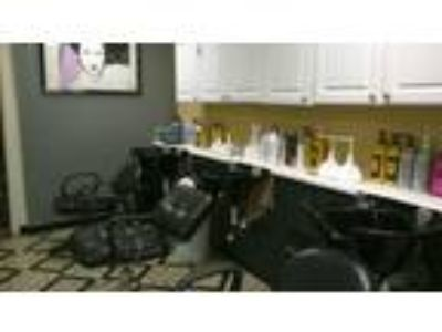 Be your own boss! Experienced Booth Renters and Manicurist. First 2 weeks