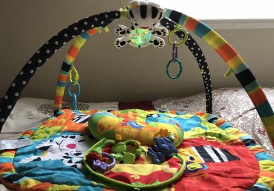 Baby Activity Play Mat with light up & musical Toy!