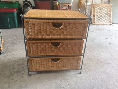 Wicker table with drawers