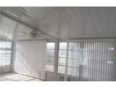 Foreclosure Commercial for sale in Summerfield FL