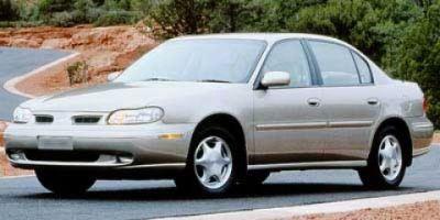 1998 Oldsmobile Cutlass GLS (Bright White)