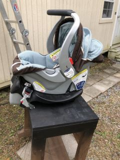 new born infant car seat with base
