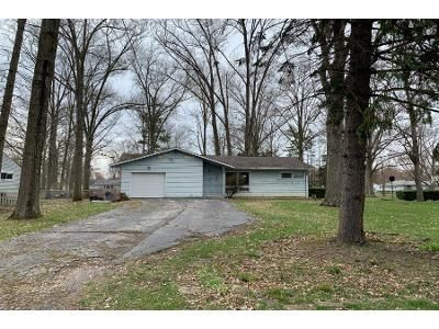 3 Bed 1 Bath Preforeclosure Property in Youngstown, OH 44511 - Redgate Ln