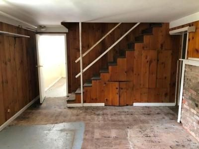 4 Bed 2 Bath Foreclosure Property in West Haven, CT 06516 - David St