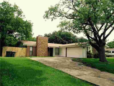 3123 Longbow Court DALLAS Three BR, MOVE-IN READY! SHOWS GREAT!