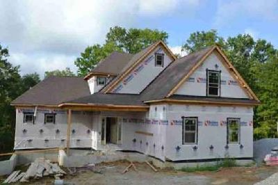 2004 Wooded Oak Ln Lot 50 Crestwood Four BR, This beautiful home