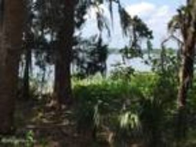 Homes for Sale by owner in East Palatka, FL