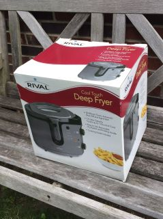 Rival Cool Touch Deep Fryer, barely used, works great **READ PICK-UP DETAILS BELOW