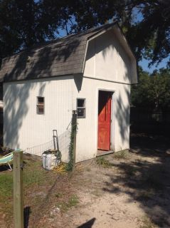 Storage building in good condition YOU remove first come first served FREE