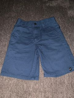 UEC boys quick silver shorts size 6