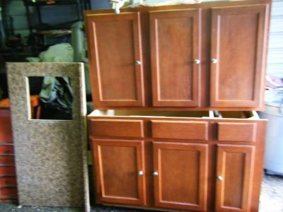 Kitchen cabinet 5 ft. base and upper (new)