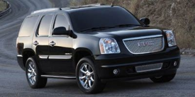 2007 GMC Yukon Denali (Summit White)