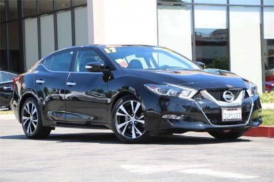 2017 Nissan Maxima (Super Black)