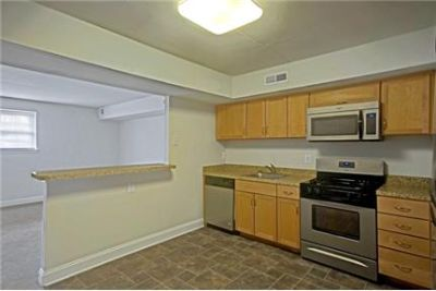 Bright Brookhaven, 2 bedroom, 1 bath for rent