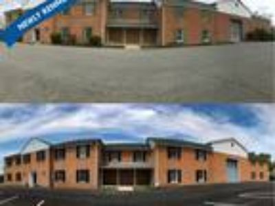 Large Industrial Office and Storage Space in La Plata, Maryland!!