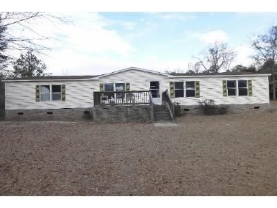 3 Bed 2 Bath Foreclosure Property in Lexington, SC 29073 - Dove Dr