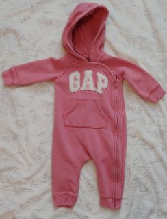 Baby Gap hooded outfit - Size 6-12 Months